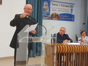 """""""ASSIDUI NELL'UNIONE FRATERNA"""": I SACERDOTI DI SICILIA IN ESERCIZIO DI FRATERNITÀ"""