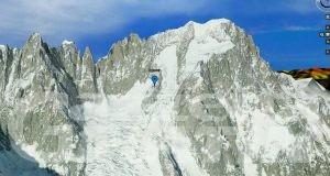 Incidente sul gruppo del Monte Bianco: morto un alpinista