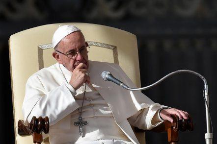 La Chiesa vuole adeguarsi alla società. Meno diocesi, meglio divise e uso dei laici