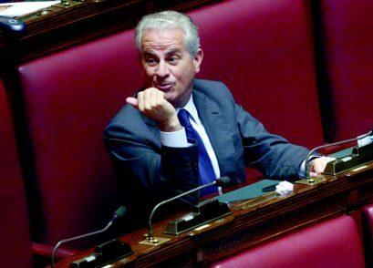 Scajola: «Caro Silvio, io so come battere i populisti»
