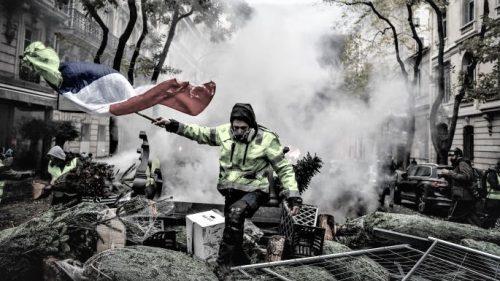 Il senso dei francesi per la rivolta