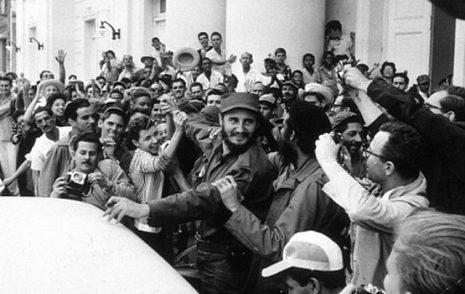 Gennaio 1959: Fidel entra a Santiago. Sì, la storia lo assolverà. Forse…