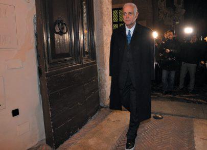 """Che senso ha tenere in carcere Formigoni ora che è vecchio e l'ombra del """"Celeste""""?"""