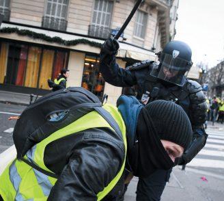 """Da Vichy a Marine Le Pen. Quel senso della """"police"""" per la destra radicale"""