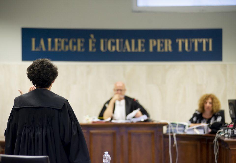 L'Anm: «Udienze rinviate? Colpa degli avvocati…»
