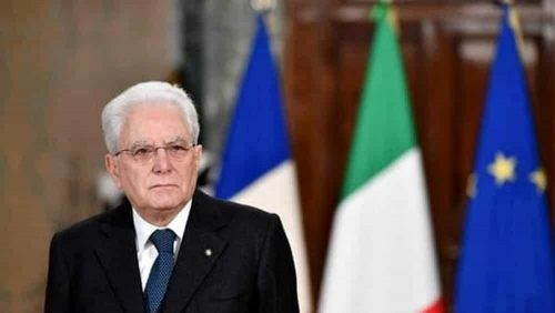 Perché Mattarella ha cambiato posizione: no a sfilaccianti, meglio le elezioni