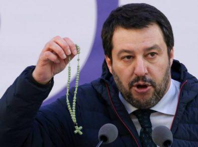 Paradosso leghista: sovranisti in Italia, terroni a Bruxelles