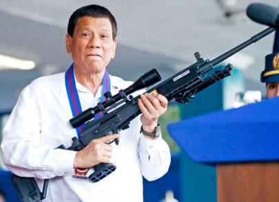 Filippine, Duerte minaccia: «La polizia sparerà a chiunque violi la quarantena»