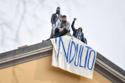 """Il """"papello"""" dei detenuti di Salerno e la """"trattativa"""": ecco la vera storia"""