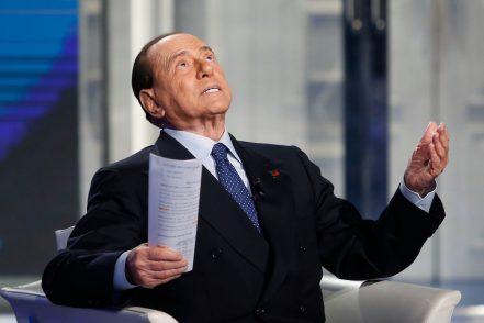 """""""Uso politico della giustizia nel processo Mediaset contro Berlusconi"""""""