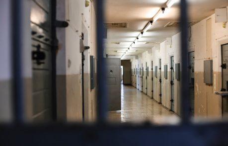 Consulta, sì allo scambio di oggetti tra detenuti al 41 bis
