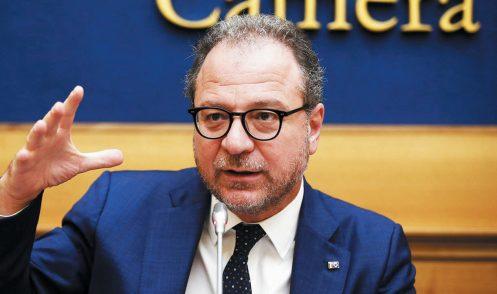 Giorgio Mulè (Forza Italia): «Se il nostro sì al Mes salva il governo, allora il governo non c'è più»