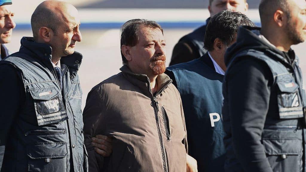 Cesare Battisti al suo arrivo in Italia