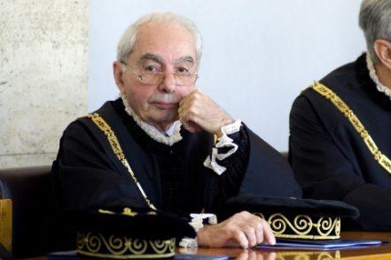 """Giuliano Amato: «Si danno i remi in testa. Spero che la gente dica """"ora basta""""»"""