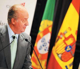 Juan Carlos va in esilio: ascesa e caduta dell'ultimo re Borbone