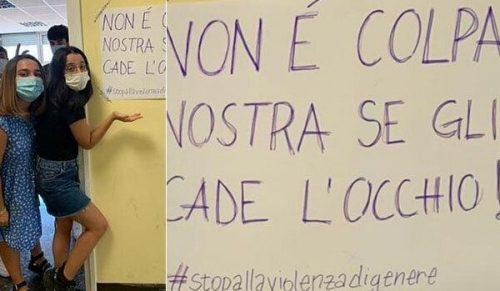 """Vietata la minigonna al liceo Socrate: """"Provoca i professori che buttano l'occhio"""""""