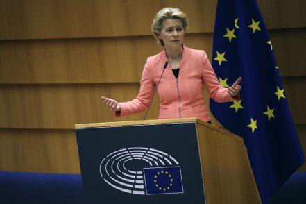 Ursula von der Leyen al Parlamento Ue: «Ora superiamo le fragilità»