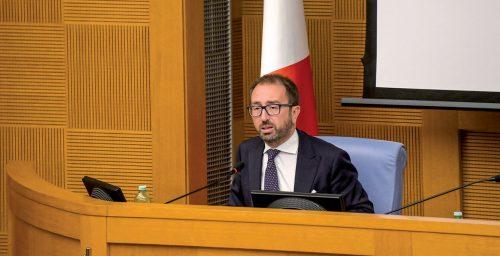 Digitale, edilizia giudiziaria e misure alternative: ecco il Recovery plan di Bonafede