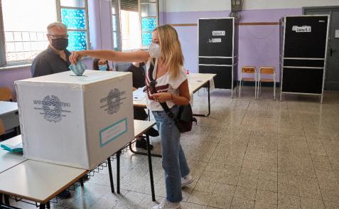 Primo giorno di voto concluso: affluenza quasi al 40 per cento