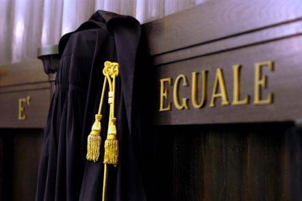 Procura invalida, salasso agli avvocati: «Così il diritto è solo burocrazia»