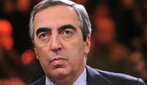 Gasparri: «Renzi non faccia il Veltroni: se perde vada in Africa»
