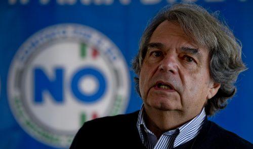 Brunetta: «L'accordo con gli statali? Fuffa per rubare briciole di consenso»